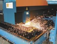 Laserschneiden von Blech (4)