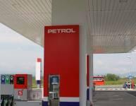 Metallelemente der Tankstelle (9)