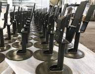 Metallklammern für den Stuhl (7)