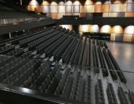 Tribüne mit Sitzen (4)
