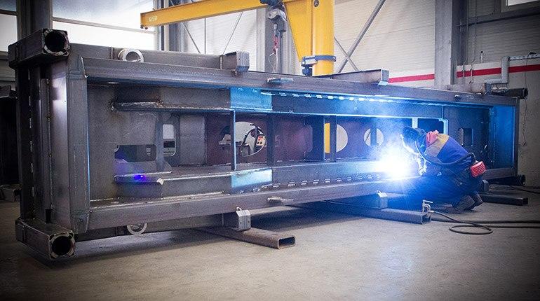 Die Bildung von Metallkonstruktion